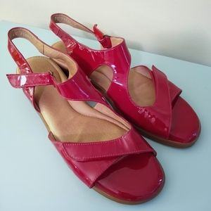 BeautiFeel Cherry Red Patent Leather Sandals 41